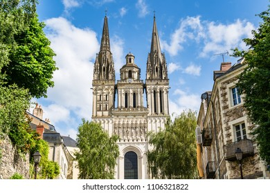 Angers, France: Saint Maurice Cathedral of Angers, built between the 11th and 16th Centuries, classified in 1862 as a national monument for its mixture of Romanesque and Gothic architecture.
