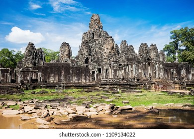 Angkor Thom, the aptly named last great capital of the Khmer empire took monumental to a whole new level - Angkor Thom, Cambodia