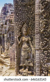 Angkor Thom is one of the most important archaeological sites in South-East Asia. the famous Temple of Angkor Thom. The Bayon Temple with its countless sculptural decorations.