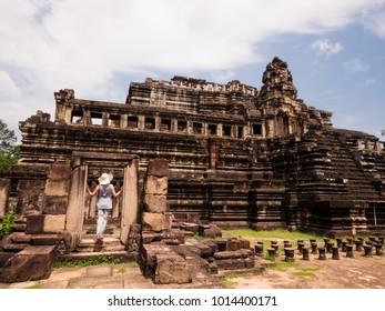 Angkor Thom Temple Scenery