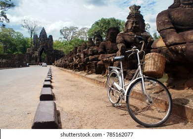 Angkor Wat bicycle tour