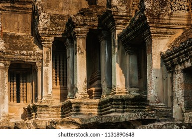 Angkor wat, Siem reap,Cambodia, was inscribed on the UNESCO World Heritage List in 1992.