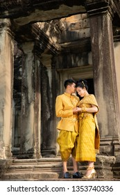 Angkor Wat,SiemRiep/Cambodia - Dec 10 2019 : The Khmer couple take photo pre wedding at Angkor Wat - SiemRiep , Angkor wat is a famouse temple of Kingdom of Cambodia .
