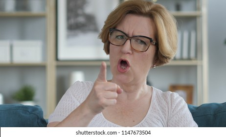 Mother Yelling Images Stock Photos Vectors Shutterstock
