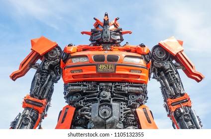 ANGTHONG,THAILAND - june 3, 2018 : The robot made from scrap metal part of a Car display at Ban Hun Lek