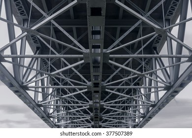 Angular metal architecture