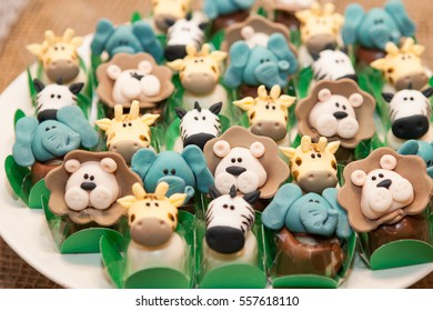 Animal shaped little candies for birthday party
