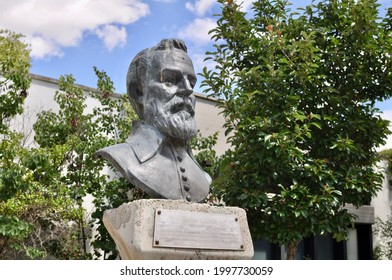 Ankara Turkey. June 2021. The bronze bust of Galileo Galilei at METU. Italian astronomer, physicist and engineers, known as the father of observational astronomy, modern science. Improved telescope.