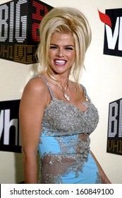 Anna Nicole Smith at the VH1 BIG IN 04 VH1 MUSIC AWARDS, Los Angeles, CA, December 1, 2004