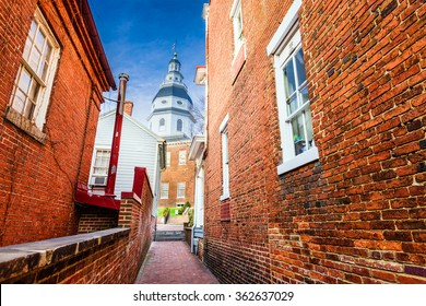 Annapolis, Maryland, USA view of the Maryland  State House.