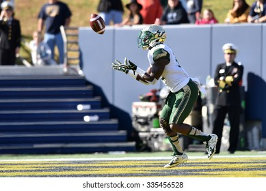 ANNAPOLIS, MD - OCTOBER 31: South Florida Bulls running back D'Ernest Johnson (32) catches a kick in the end zone during the AAC game October 31, 2015 in Annapolis, MD.