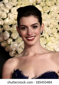 Anne Hathaway Wearing Marchesa Dress Casadei Stock Photo Edit Now