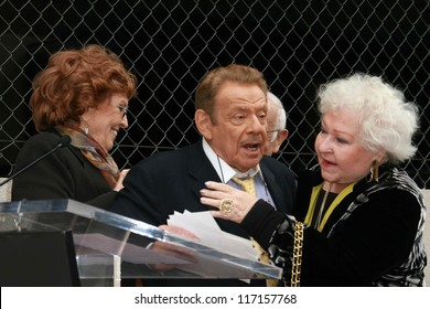Anne Meara with Jerry Stiller and Estelle Harris at the ceremony honoring Jerry Stiller and Anne Meara with a star on the Hollywood Walk of Fame. Hollywood Boulevard, Hollywood, CA. 02-09-07