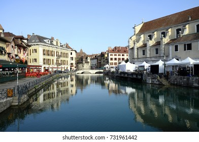 Annecy city, Thiou canal and Art market, Savoy, France : old town and old prison