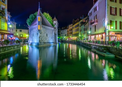 Annecy, Haute-Savoie, Auvergne-Rhône-Alpes / France - September 13, 2014: Le Palais de I'lle, a medieval castle and a former prison in the middle of the river Thiou, now an art and history museum.