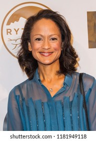 Anne-Marie Johnson arrives at the The Art Of Social Media EMMY Gifting Lounge at the Waldorf Astoria Hotel, Beverly Hills, CA on Sept. 15, 2018.
