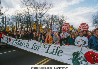 Annual Right to Life March passes by the front of the US Supreme Court in Washington DC., January 22, 1995.