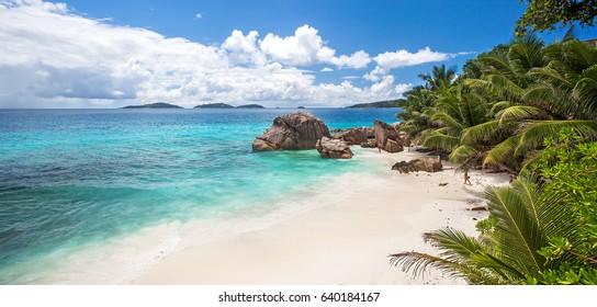 Anse Banane beach, La Digue, Seychelles