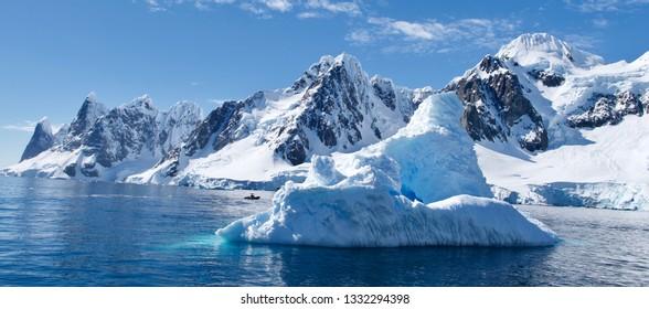 Antartica Ice bergs