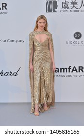 ANTIBES, FRANCE. May 23, 2019: Martha Hunt  at amfAR's Gala Cannes event at the Hotel du Cap d'Antibes.Picture: Paul Smith / Featureflash
