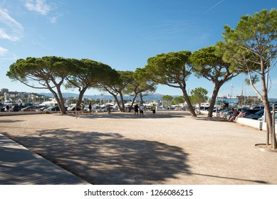 Antibes/France - August 05 2016: Pétanque match in Antibes, France. Pétanque match in Saintes-Maries-de-la-Mer. Pétanque is a form of boules specific to Southern France.