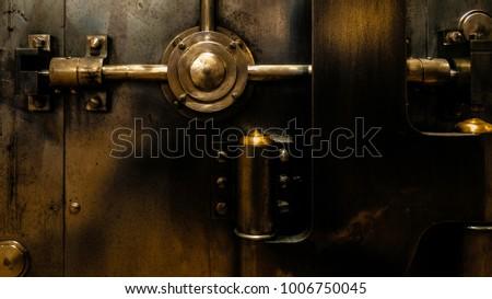 Antique bank vault door. - Antique Bank Vault Door Stock Photo (Edit Now) 1006750045 - Shutterstock