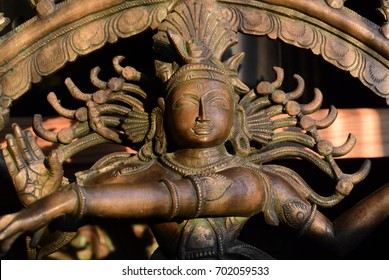 Antique broAntique bronze Shiva from a private collection
