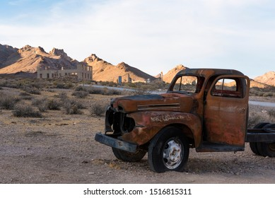 Antique Car in Ghost Town Rhyolite near Death Valley 02
