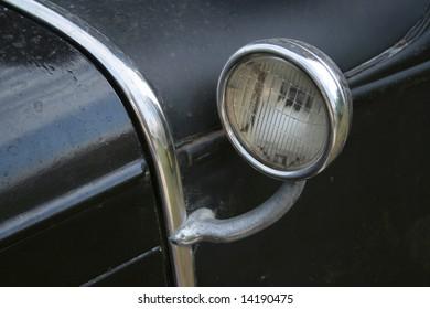 ANTIQUE CAR LIGHT DETAIL