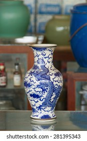 Antique Chinese porcelain green jar at Antique store