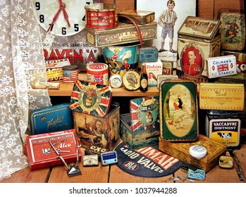 Antique packaging, Minehead , Somerset, UK. 1st March 2018.