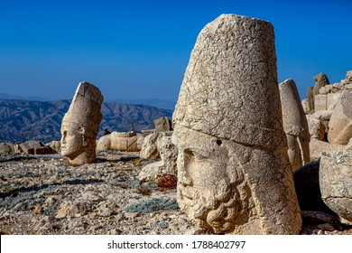 Antique statues on Nemrut mountain, Turkey. The UNESCO World Heritage Site at Mount Nemrut where King Antiochus of Commagene is reputedly entombed.