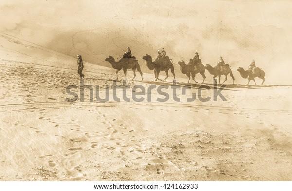 Antike Seidenstraße mit Kameln in der Wüste