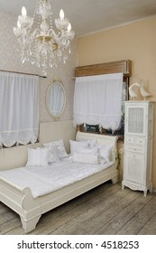 Antique-like stressed wood white bed