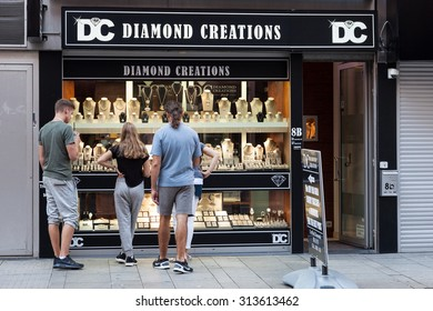 ANTWERP, BELGIUM - AUG 23: Diamond shop in the diamond quarter in the city of Antwerp. August 23, 2015 in Antwerp, Belgium