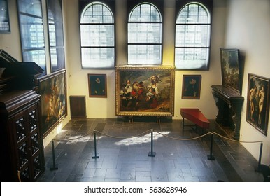 ANTWERP, BELGIUM - MAY 10, 2006: Peter Paul Rubens house - museum of Antwerp, Flanders, Belgium