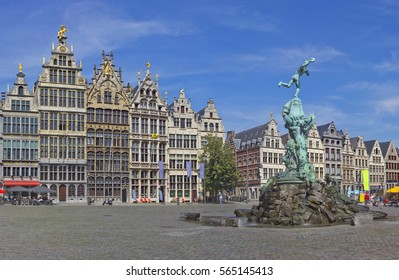 Antwerp Grote Markt with famous Statue of Brabo and medieval buildings in Antwerp, Belgium
