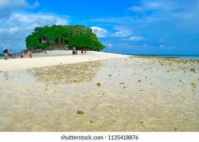 Ao Nang, Thailand - October 24, 2014: View of Koh Tup and the Thale Waek (Separated Sea), the strip of sand going to Koh Kai at low tide.