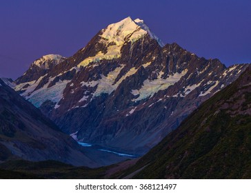 Aoraki Mt Cook, Southern Alps, New Zealand, sunset