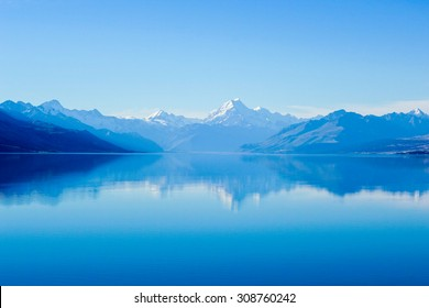 Aoraki/Mount Cook mirrored in Lake Pukaki