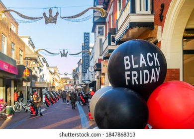 Apeldoorn, The Netherlands - November 11, 2019: Black Friday balloons in a shopping street in the Dutch city of Apeldoorn, The Netherlands