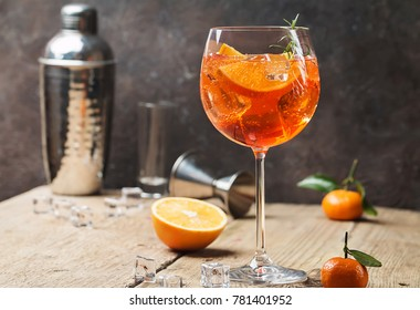 Aperol spritz cocktail