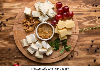 appetizer of assorted cheeses for wine