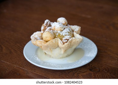 Apple baked in the basket of dough