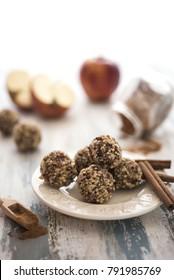 Apple and cinnamon vegan candies