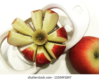 Apple cutter,one of kitchen kits to cut apple easily