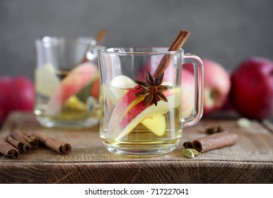 Apple hot cider with maple and spices