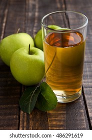 Apple juice glass with healthy green apples. Organic food