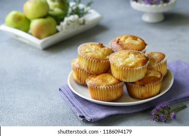 Apfelmuffins, gesunde Nahrung