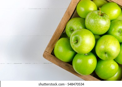 Apple on white table background,Green apple fruit background.